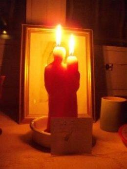 Приворот на 2 свечи. Простой приворот самостоятельно.