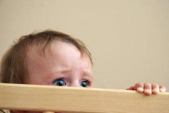 Причины-детских-страхов-696x464-min