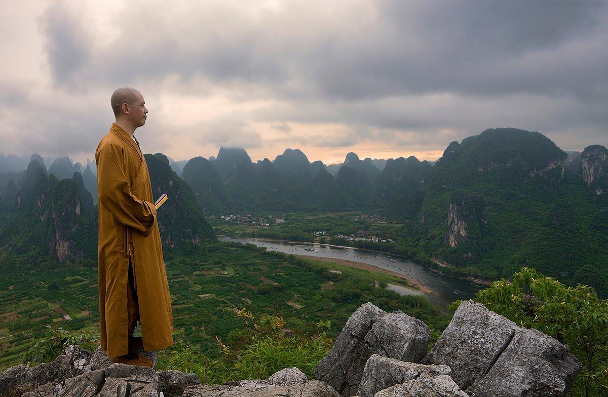 Жизнь монахов