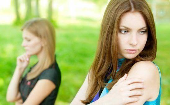 сложные отношения с сестрой