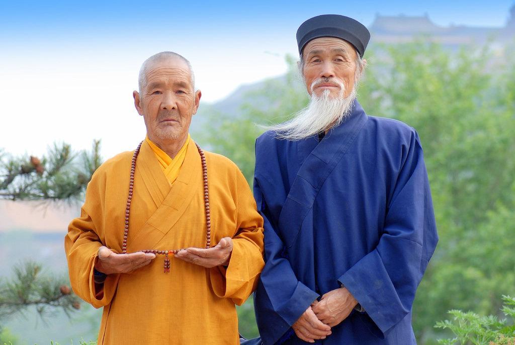 одежда монахов